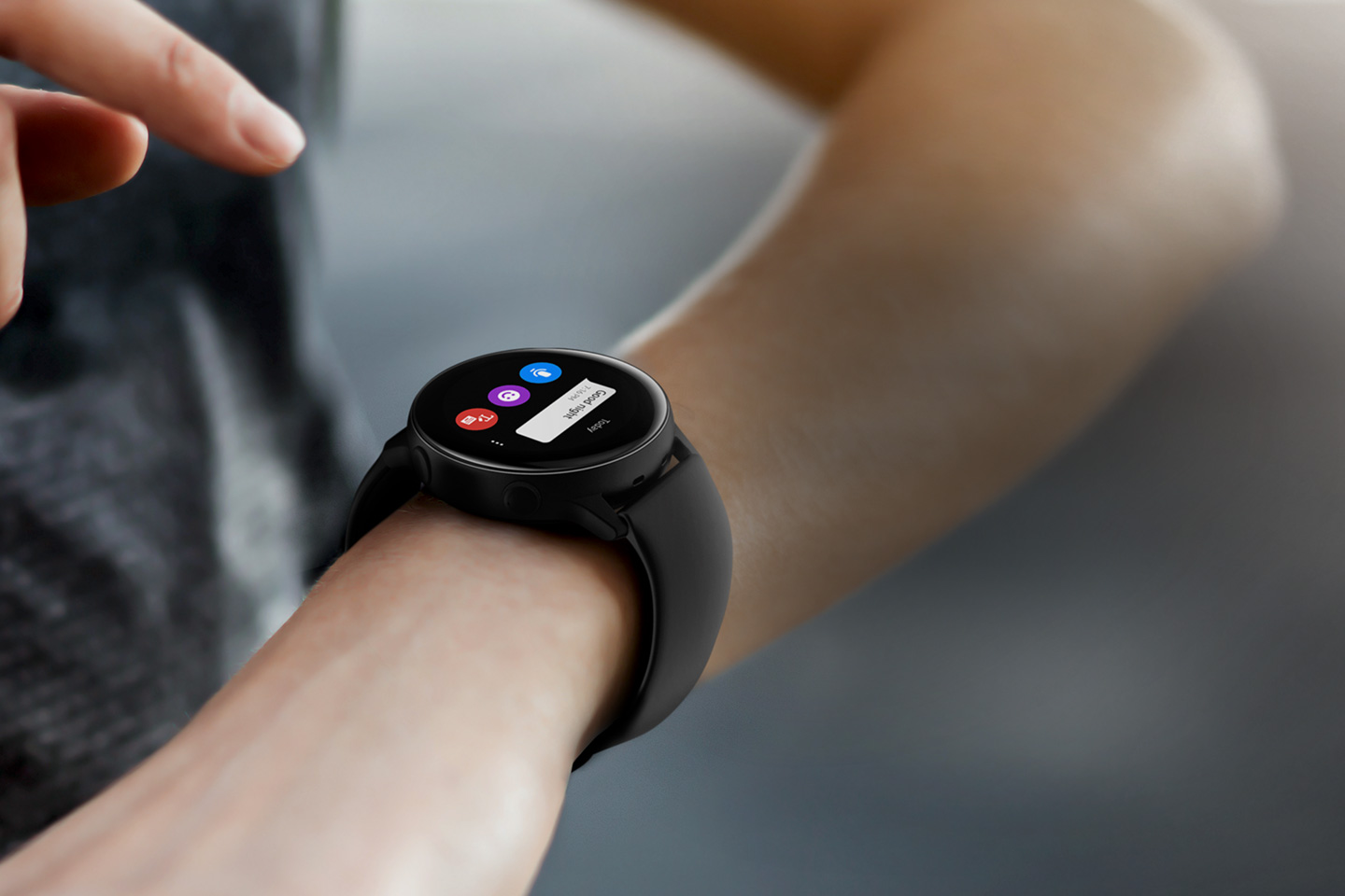 galaxy-watch-active-touch-wrist-message-